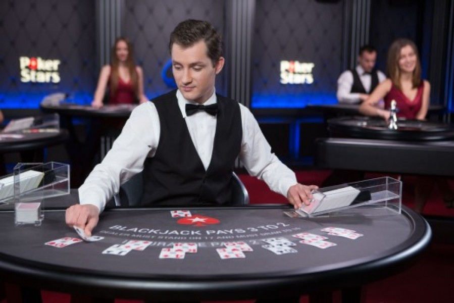 watch free online movie casino royale in hindi
