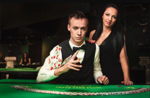 Live dealer demand drives growth at Evolution