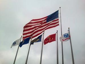 Six drapeaux s'adressent aux passionnés