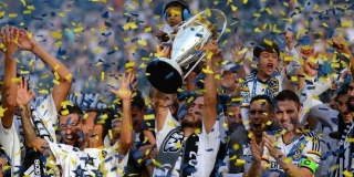 2014 MLS Cup winners LA Galaxy
